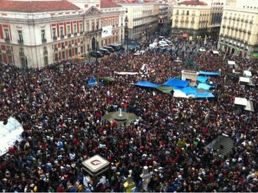 18 de Mayo de 2011. 2030h Plaza de Puerta del Sol Madrid (Juan Luis Sánchez periodismohumano)